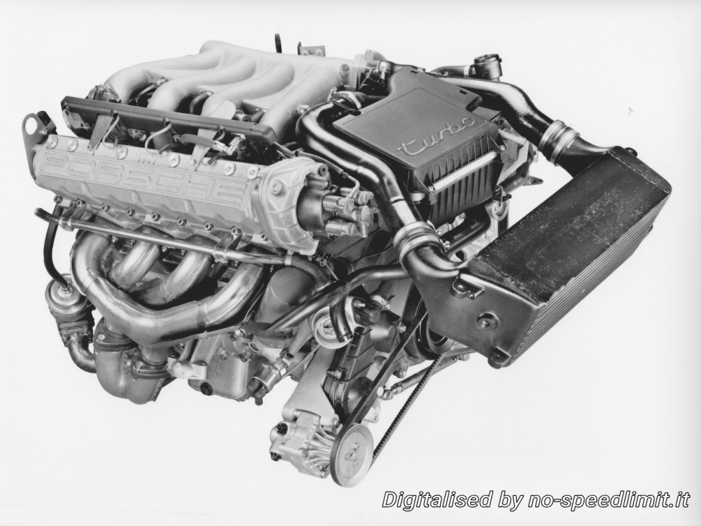 Porsche_Werkfoto_1985_944_Turbo (08)